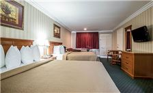 Quality Inn & Suites Maingate Room - Two Queen Bed