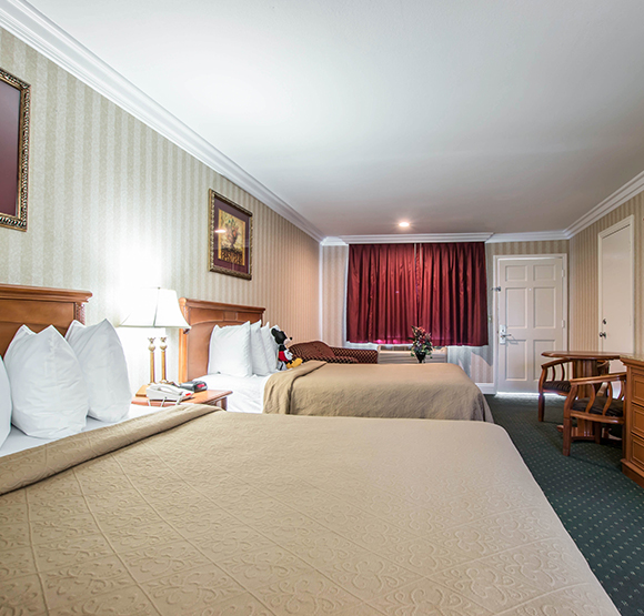 Quality Inn & Suites Maingate Anaheim 2 Queen Beds